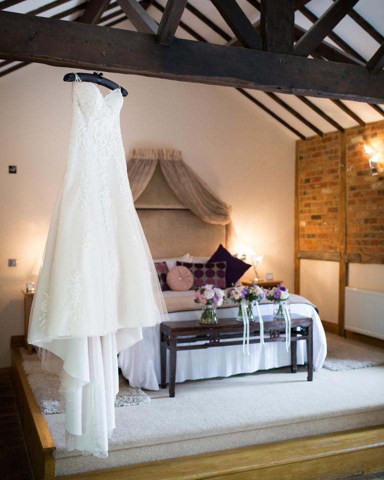 Rivervale Barn - bridal suite